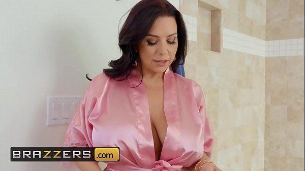 Quero Ver Filme De Pornô De Coroa Peituda Transando
